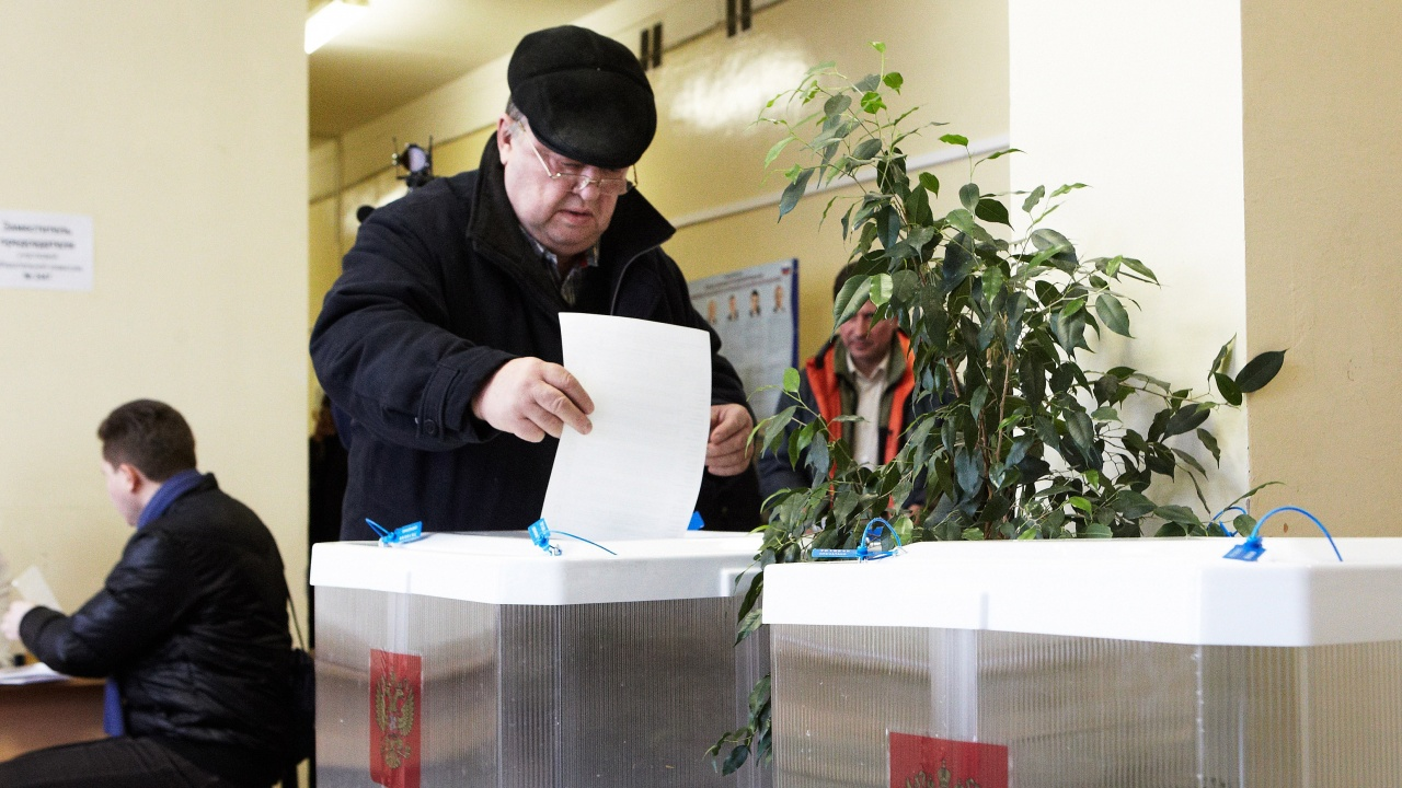 Първи резултати от парламентарните избори в Русия