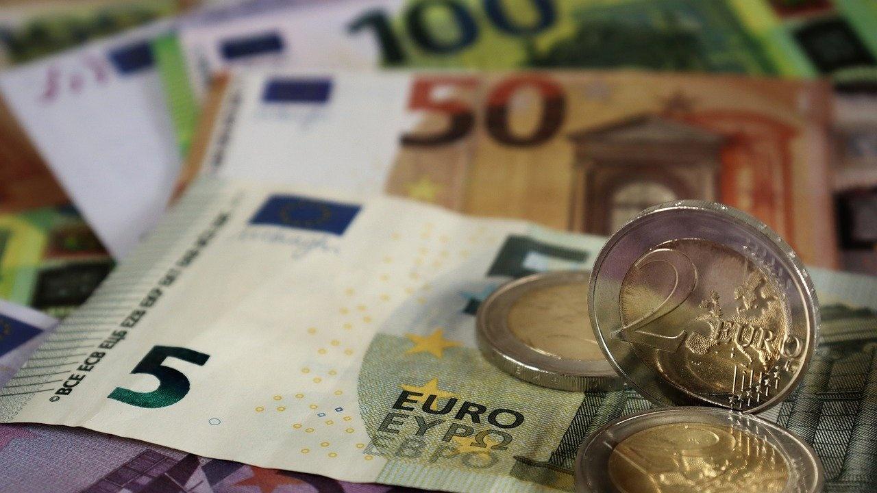 """Повече от 422 000 недекларирани евро са открити на """"Капитан Андреево"""""""