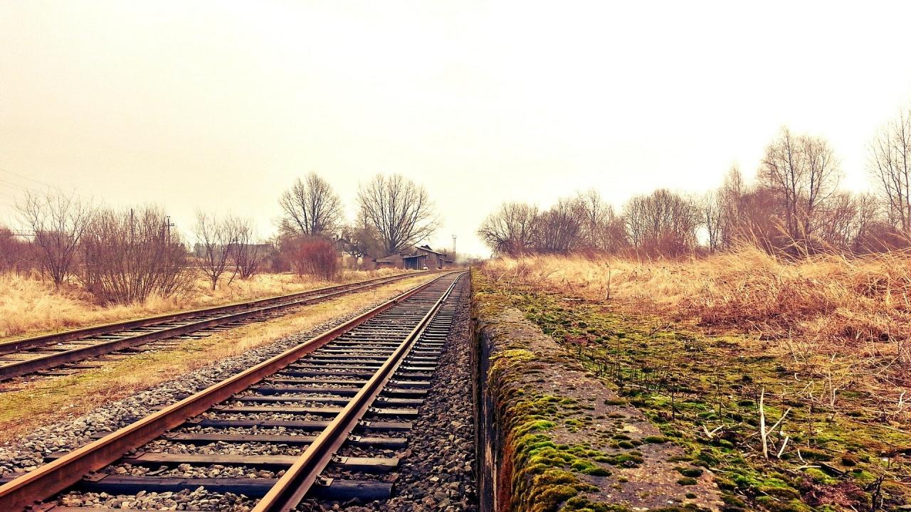 Влак уби 51-годишен от Кермен