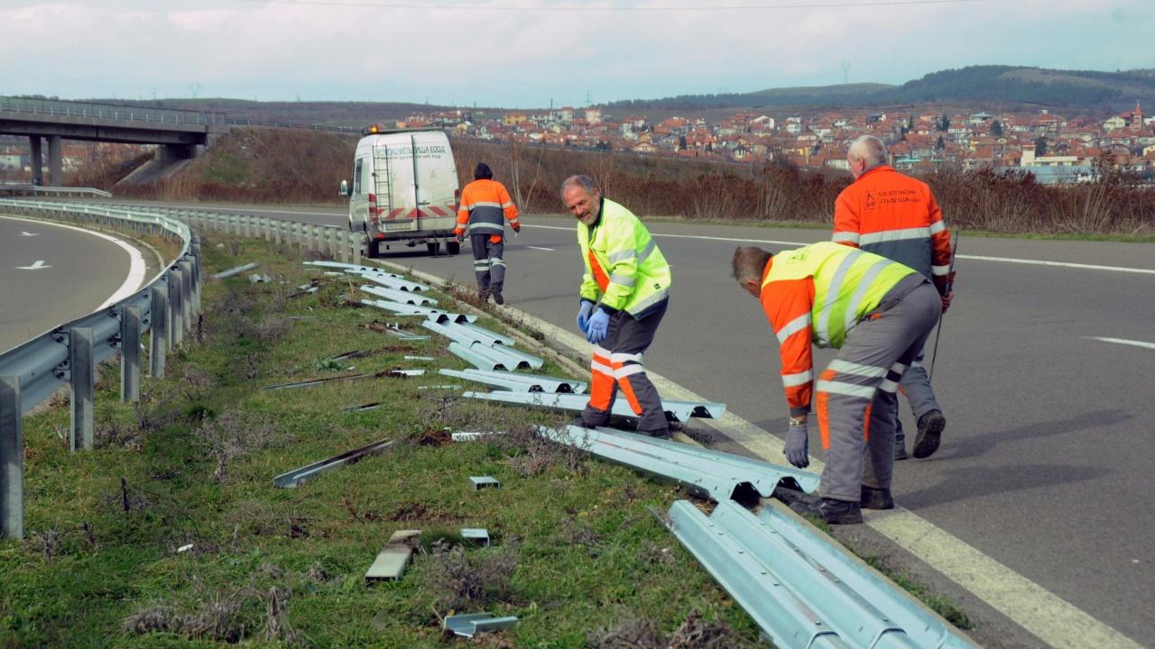 """Възстановено е движението при 96-ти км на АМ """"Тракия"""" в посока Бургас"""
