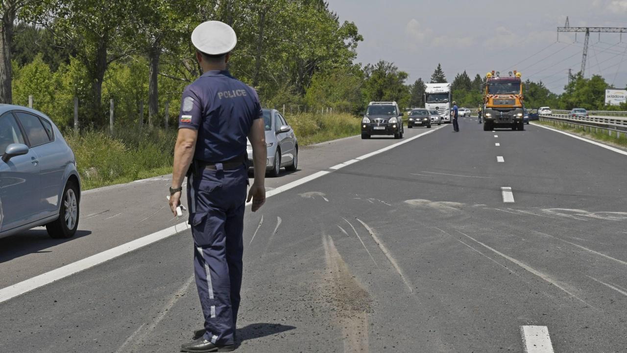 Шофьор на ТИР загина при катастрофа в Прохода на Републиката