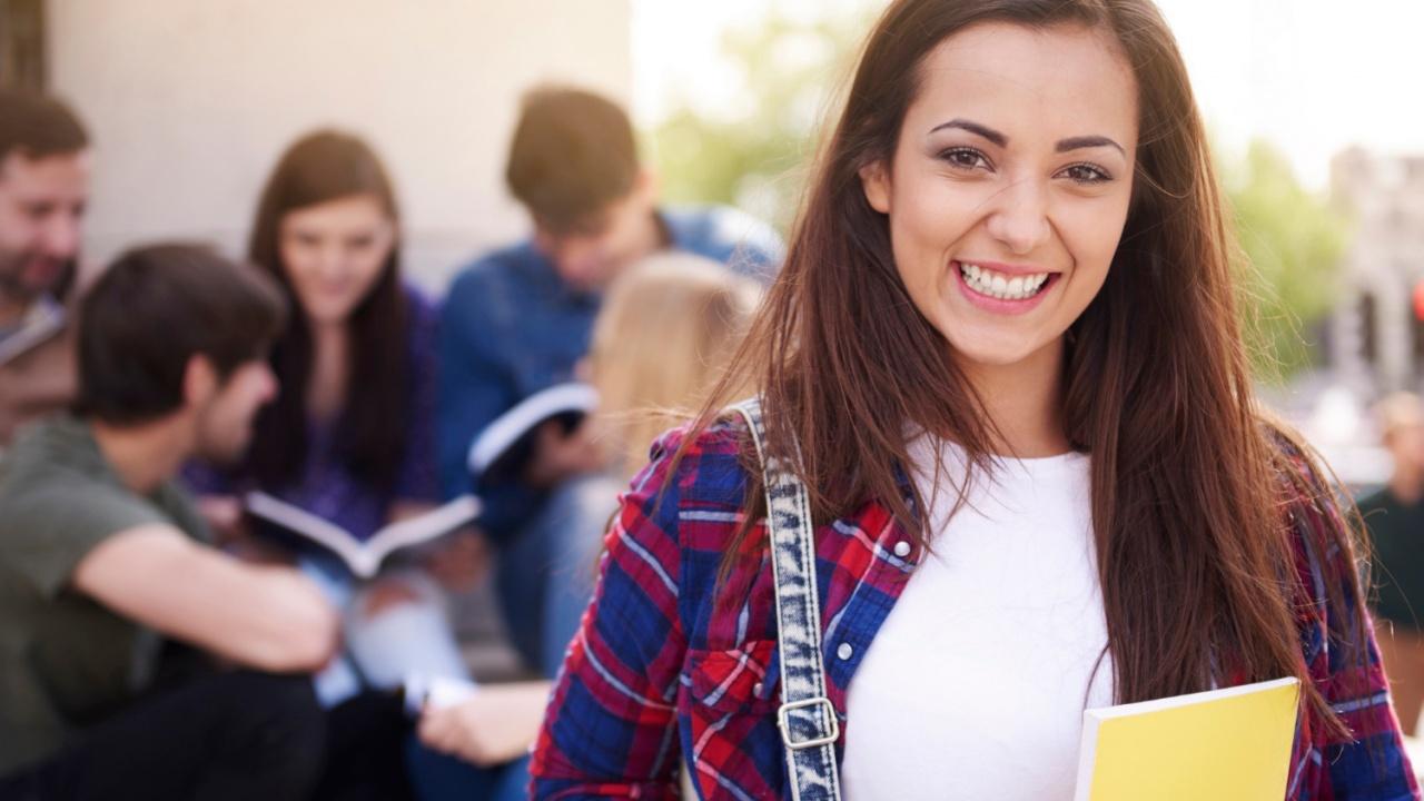 Амбициозен проект на МОН за 10,5 млн. лева подпомага реализацията на хиляди ученици