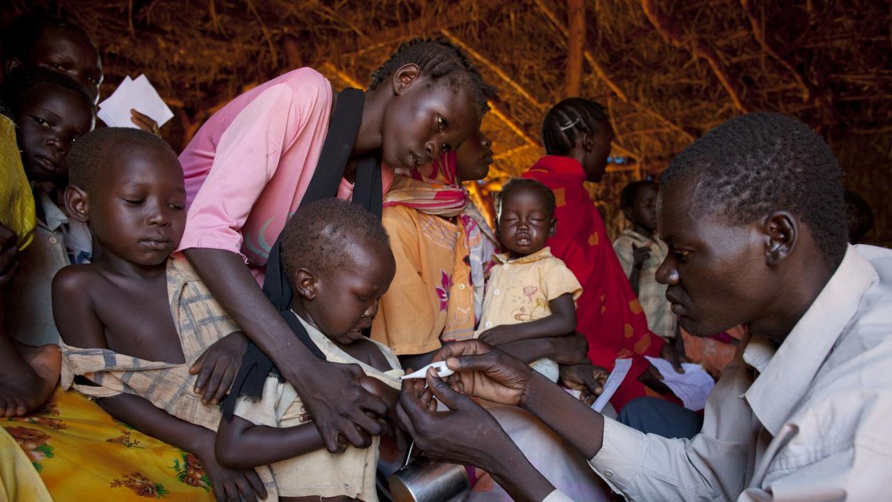 Учени откриха устойчива на лекарства форма на малария в Африка