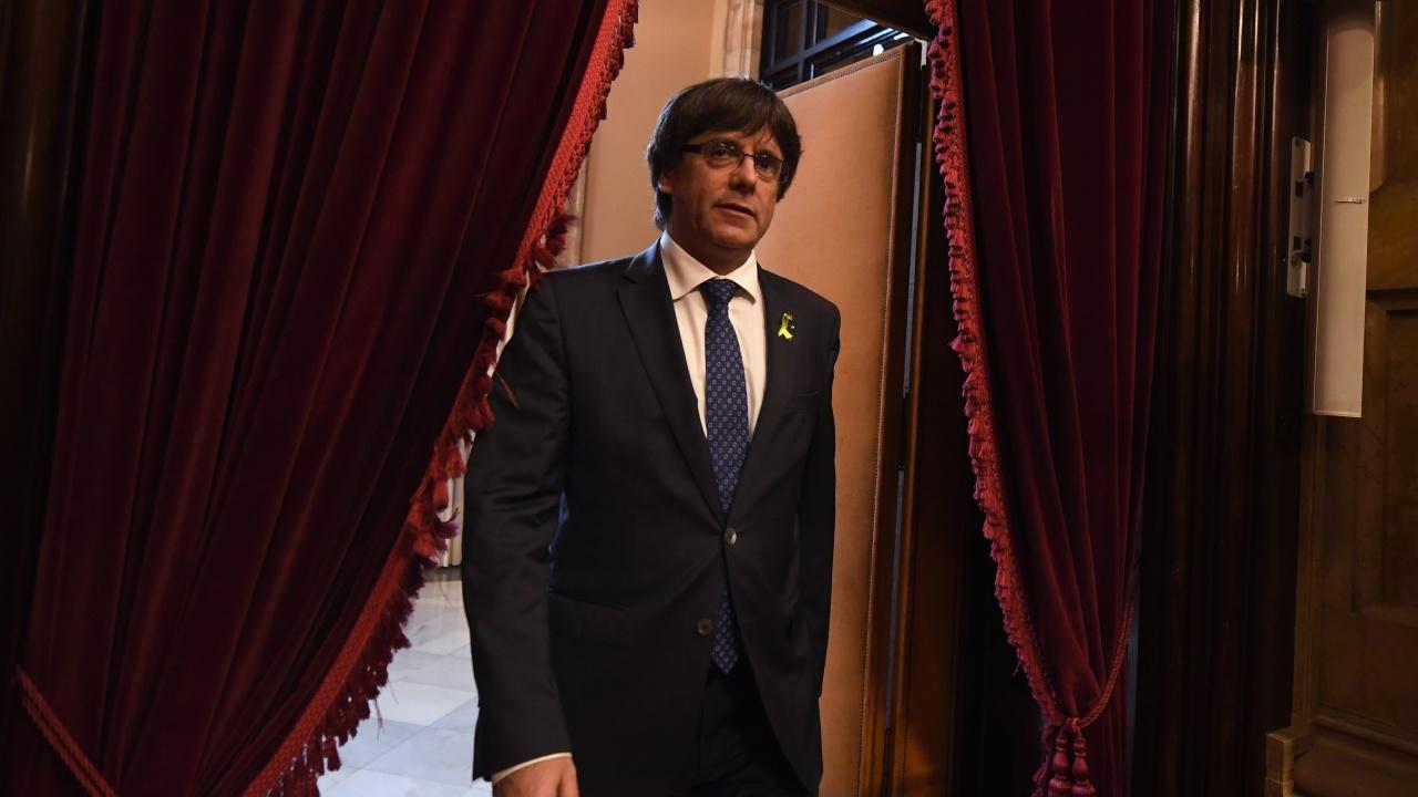 Арестуваха каталунски лидер Карлес Пучдемон в Италия