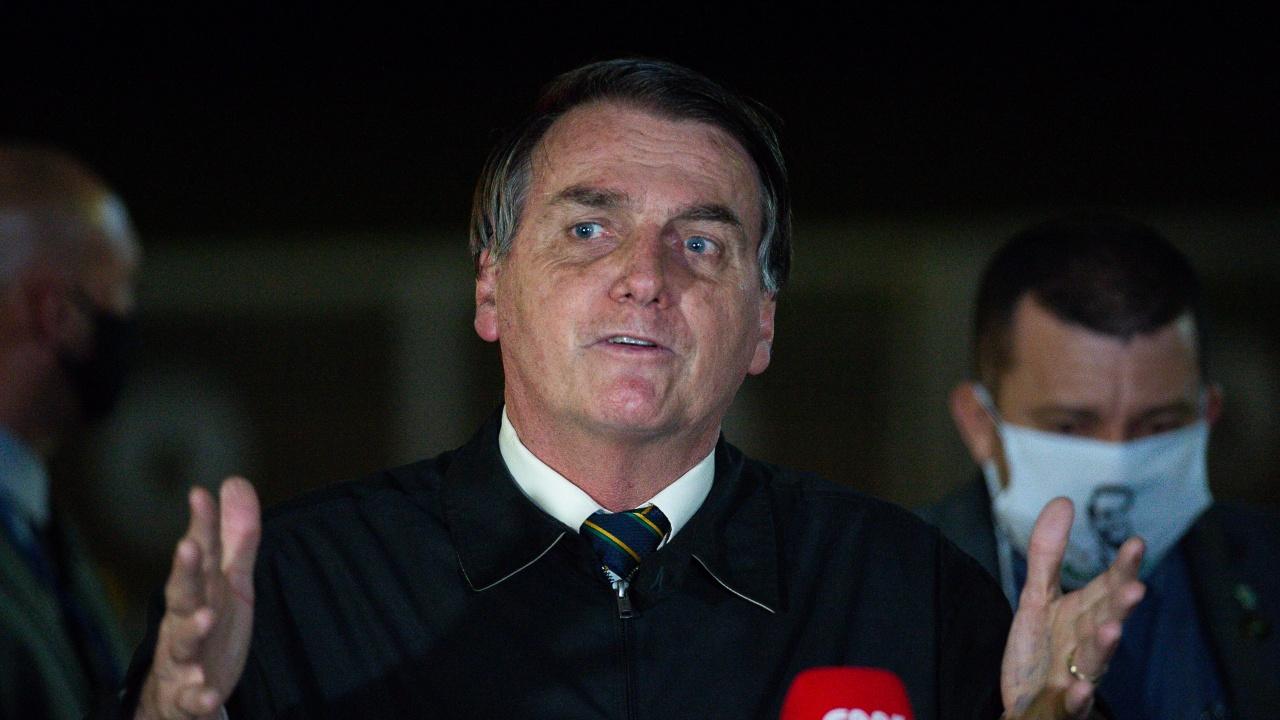 Бразилският президент заяви, че Борис Джонсън е искал спешна сделка за храни, британското посолство отрича