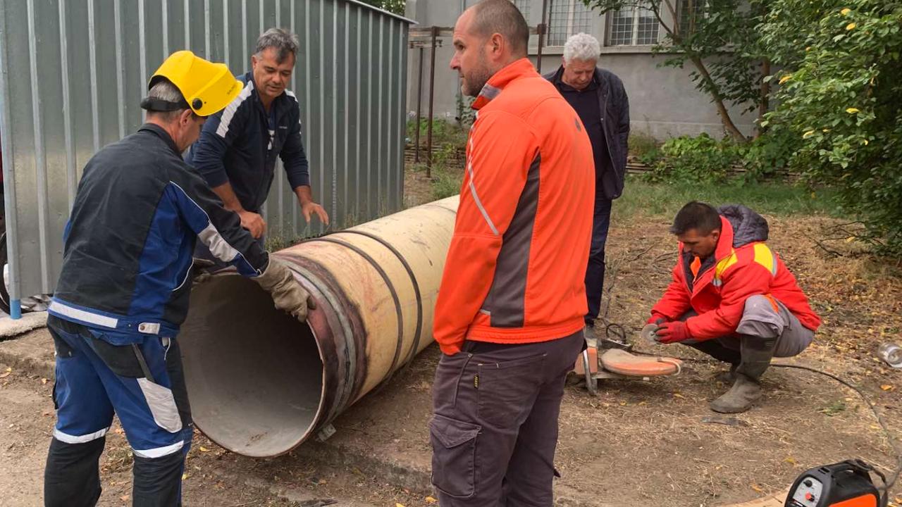 Две нови ВиК аварии оставиха без вода части от Хасково