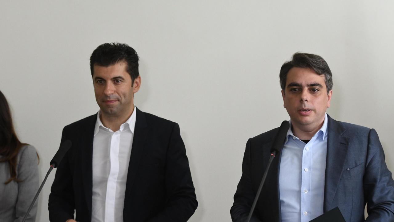 Кирил Петков и Асен Василев разкриха при какви условия са готови да работят с ГЕРБ и ДПС