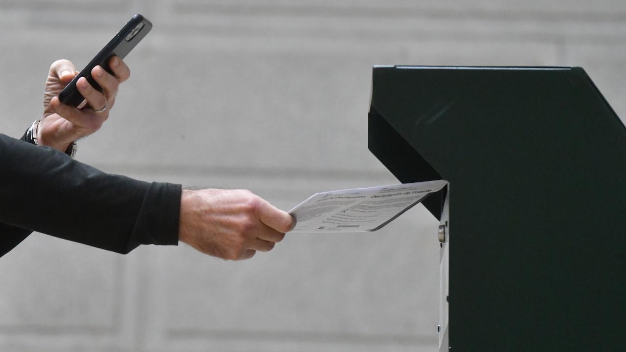 Исландия избира днес нов парламент