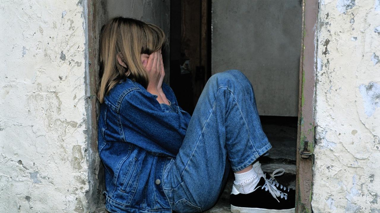 Арестуваха 56-годишен за блудство с 10-годишно момиче в Горна Оряховица