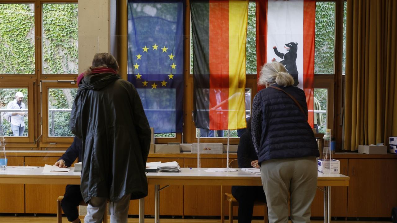 Медии прогнозират месеци на политическа неяснота в Германия