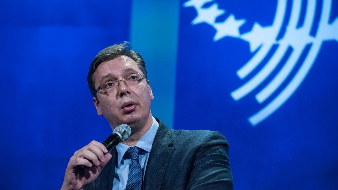 Вучич дава срок от 24 часа на НАТО да реагира, ако започнат погроми срещу сърбите в Косово