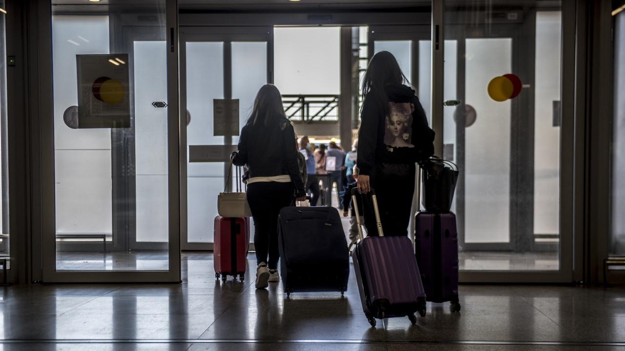 Американската федерална здравна агенция постави България в четвърта категория, с много висок риск за пътуване заради COVID