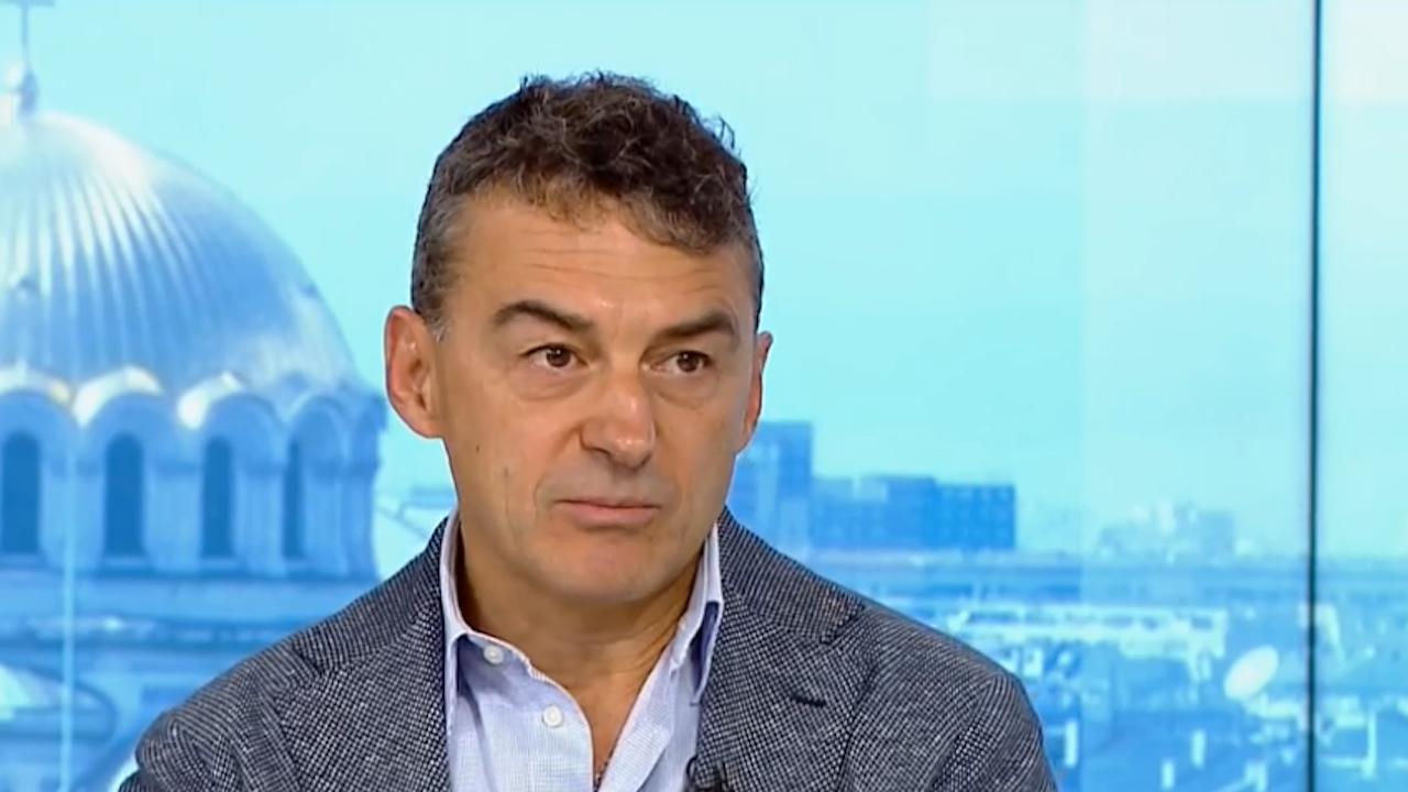 Проф. Иво Петров: Страховете на хората за ваксините са безпредметни