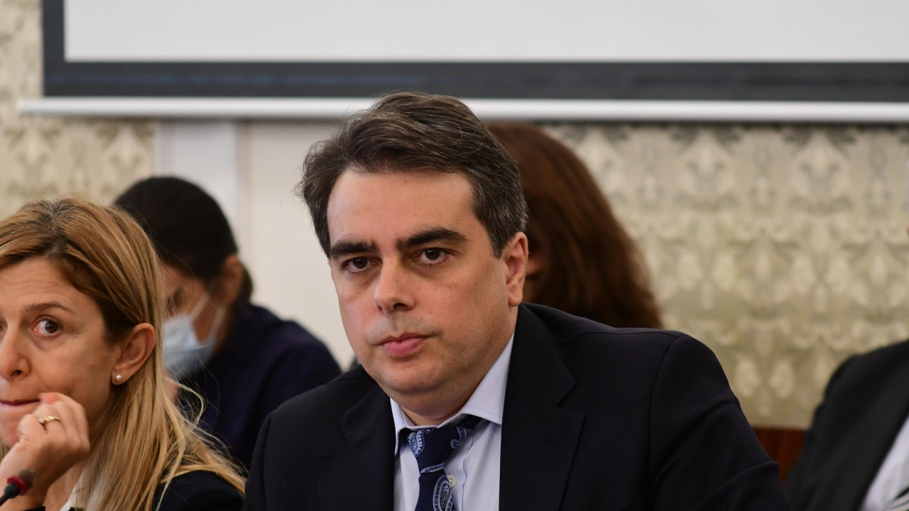 Асен Василев: Нямаме ли съдебна реформа, няма да имаме и чужди инвестиции