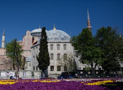 """Одобрявате ли превръщането на """"Света София"""" в Истанбул в джамия?"""