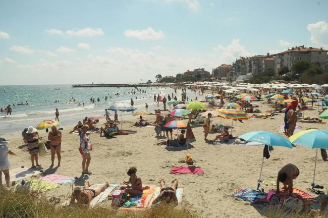 Ще привлечем ли повече чужди туристи през този летен сезон?