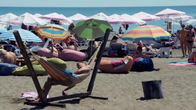 Кои са основните чуждестранни туристи по Черноморието тази година?