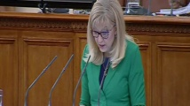 Петя Аврамова за тол системата: Който руши повече, ще плаща повече