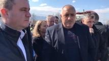 Хората от Столипиново към премиера: Искаме бърза помощ, младите умират