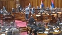 Свирка прекъсна заседание на Скупщината
