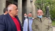 Борисов заведе Мутафчийски и Балтов при проф. Кантарджиев. Показаха запасите от хлорохин