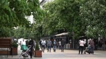 Животът на Витошка отново закипя, заведенията са все по-пълни