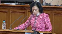 Десислава Танева: Ваксината за ку треска няма да се поема от държавата