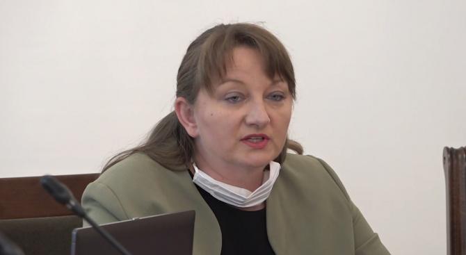 Деница Сачева: Изплатените до момента средства по мярката 60/40 са над 66 млн. лева