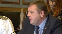 Каракачанов: В коалицията не са водени разговори за намаляване на средствата за отбрана