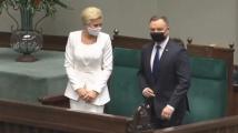 Полският президент се закле с маска