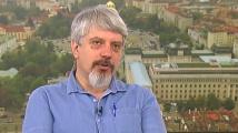 Проф. Николай Витанов: Епидемията тъпче на едно място...засега