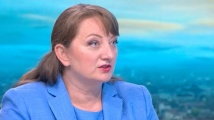 Деница Сачева призна дали се обсъжда оставката на кабинета