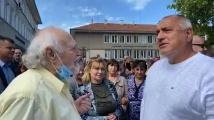 Борисов посрещнат с аплодисменти и в Лесидрен