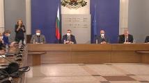 Проф. Балтов: Над 2000 медици се борят с коронавируса към момента