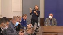 Деница Сачева: Имахме притеснения, това е трудно решение