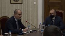 Румен Радев и Цветан Цветанов започнаха консултации за изборите