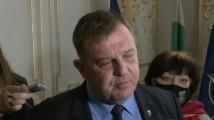 Каракачанов имал друга информация за ваксинираните общински съветници в Сандански