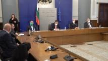 Богдан Кирилов: Водят се консултации за употреба на руската ваксина