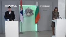 Захариева обяви кога ще е готова магистралата до Сърбия