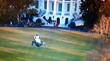 Военен хеликоптер кацна в Белия дом