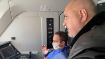 Премиерът Борисов и транспортният министър инспектираха новите локомотиви