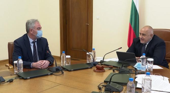 Борисов: Отпускаме пари пряко за хората и за общини с кметове от целия политически спектър
