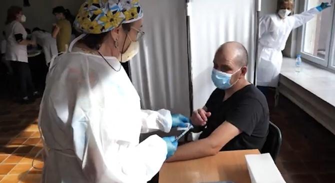 Започна имунизацията на служители в МВР