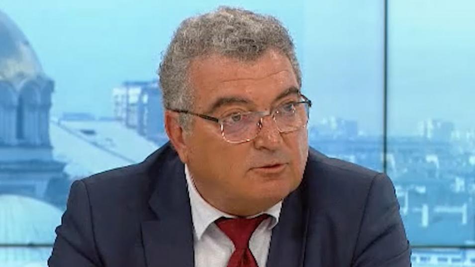 Шефът на СРЗИ напрегнат заради бума на заразени в София, проговори и за ваксинацията