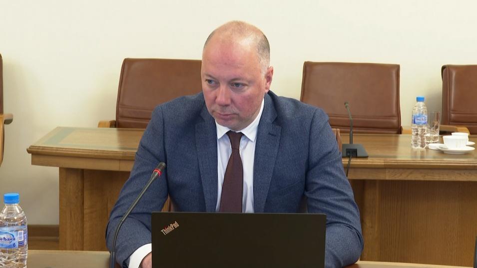 Росен Желязков отговори на нападките за концесията на Летище София