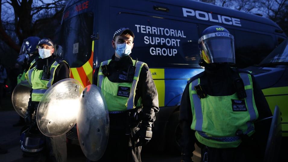 Военен е окупирал сградата на посолството на Мианма в Лондон