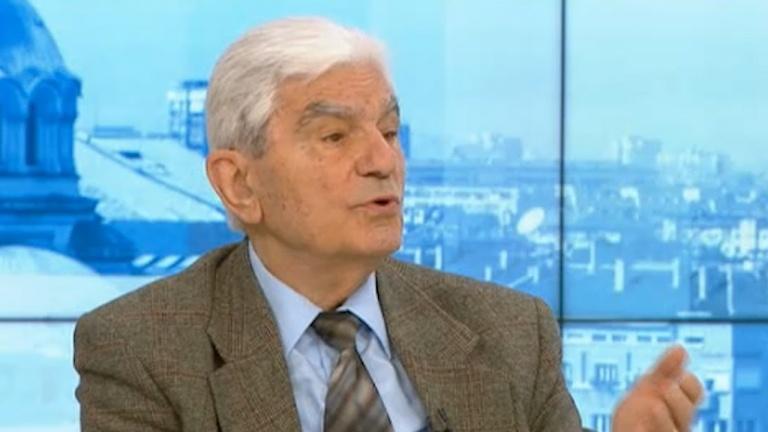 Акад. Петрунов: Колективен имунитет ще имаме най-рано в края на годината