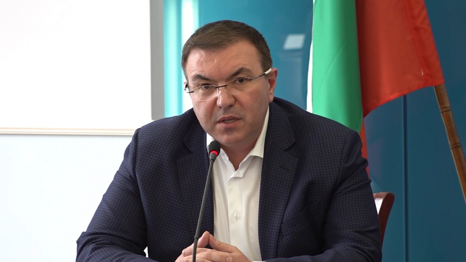 Проф. Костадин Ангелов с указания за противоепидемичните мерки по време на Великденските празници
