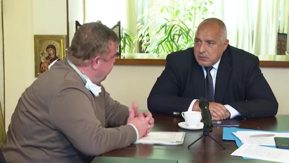 Каракачанов погна Тошко Йорданов за лъскавото возило за 80 бона
