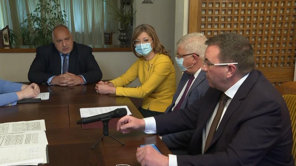 Борисов и проф. Ангелов се произнесоха за руската ваксина